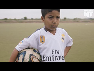 7 Year old from Syria - Cool video about his