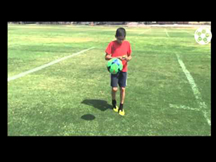 11 year old solves rubik's cube whilst ball juggling