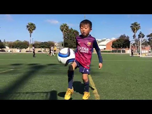 6 year old juggles ball for 200 times!!!